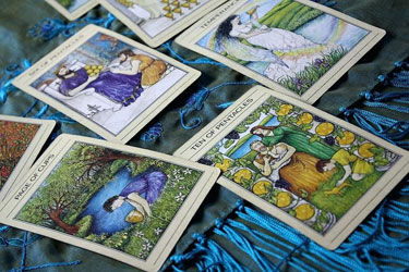 finding out how a tarot pregnancy reading can help you